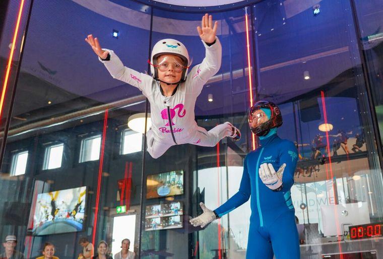 windwerk-kinderspezialangebot-indoorskydiving-1-von-1-3-1200x0-c-default.jpg