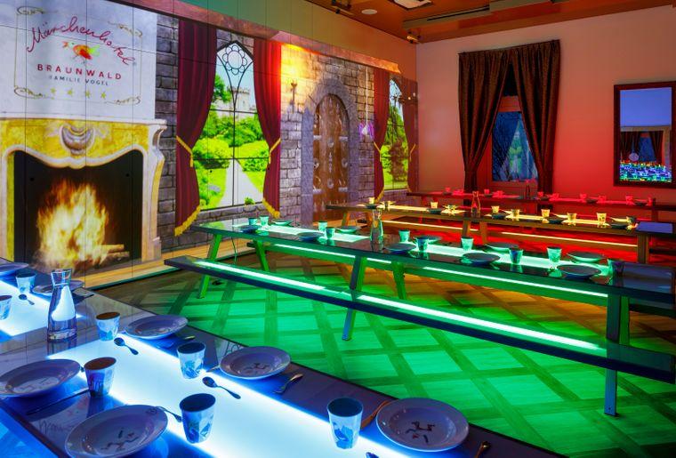 Märchenhotel Saal der Könige 09.jpg