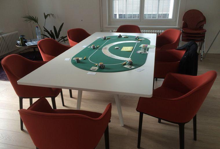Tischauflage_oval_PokerAcademy3.jpg