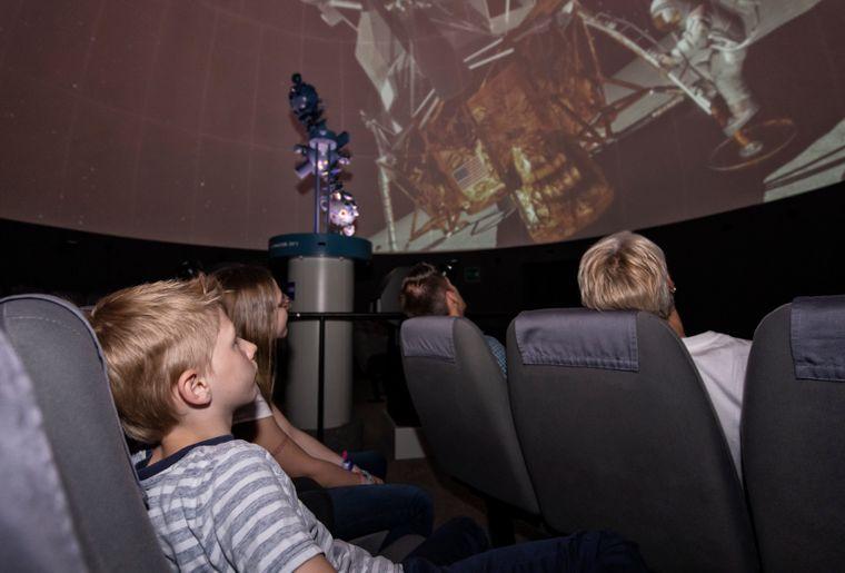 Kreuzlingen_Planetarium.jpg