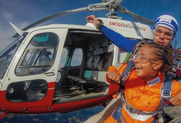 Skydiving Berner Oberland.png