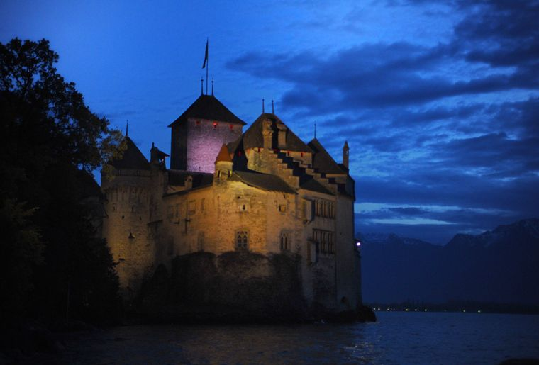 Vue de Montreux Co Fondation du château de Chillon - Photo L. Ryser (plage).JPG