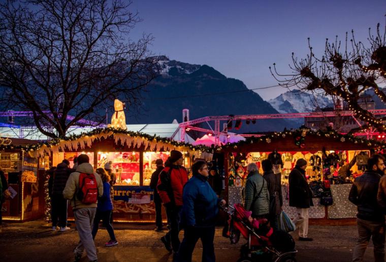 Weihnachtsmarkt Interlaken.png