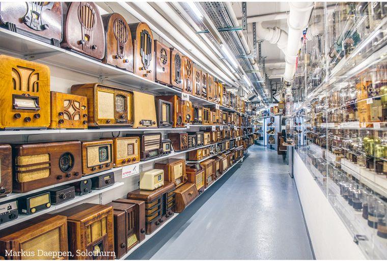 Besuchen_MuseumENTER_Radios_Markus Daeppen Solothurn_sig.jpg