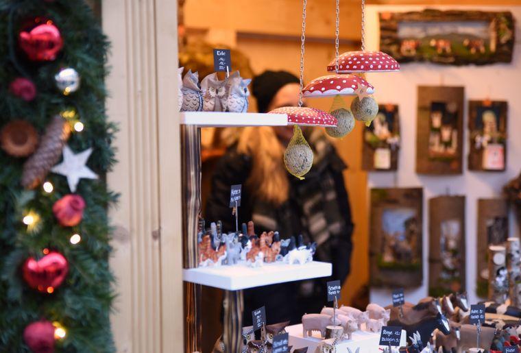 Kambly Weihnachtsmarkt Chalet.JPG