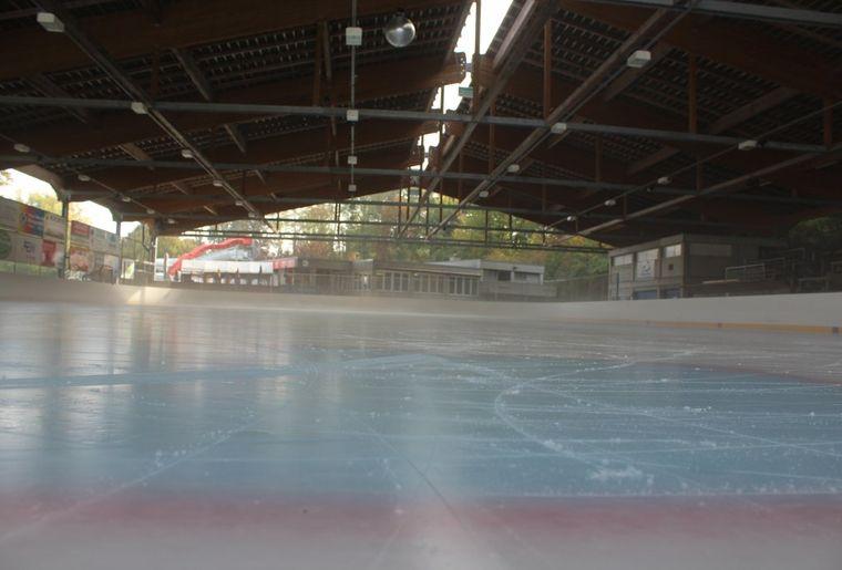 Eisbahn Rheinfelden.jpg