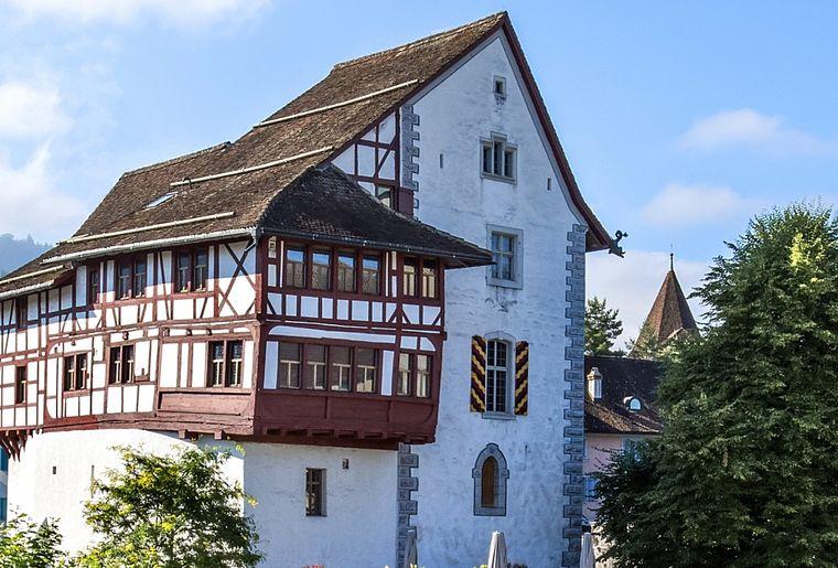 Burg Zug.jpg