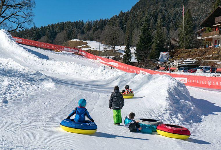 Snowtubing Grindelwald.jpg
