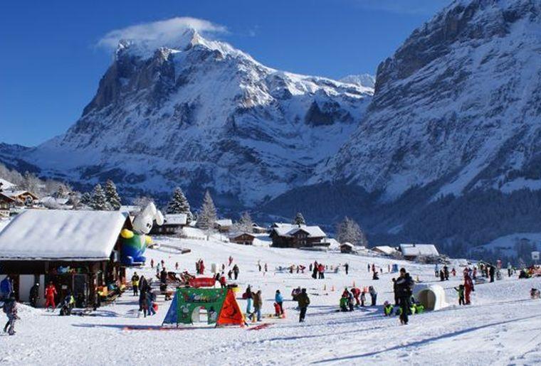 Snowtubing Grindelwald 2.jpg