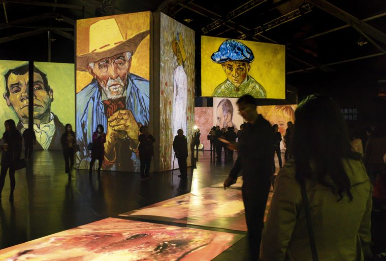 Van Gogh Alive 2.jpg