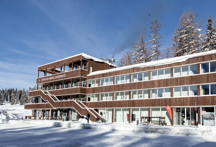 Biathlon-Arena-Lenzerheide_Nordic-House_Winter_4096x2160.jpg