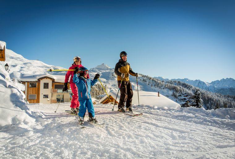 Familien-Willkommen-Winter-Bettmeralp-Aletsch-Arena-Pfammatter-2.jpg