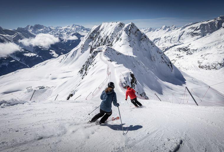 Skifahren-in-der-Aletsch-Aren-Winter-Frederic-Huber (15).jpg