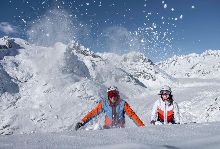 Snow-enthusiasts-Bettmeralp-Aletsch-Arena-Christian-Pfammatter (8).jpg