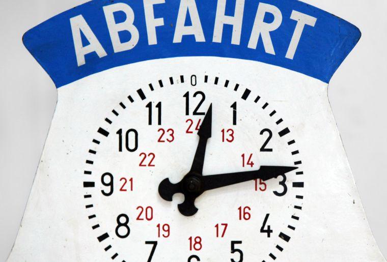 Pressebild HMO Copyright Historisches Museum Olten Abfahrtsanzeiger.jpg