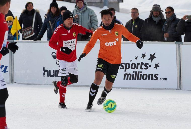 9. Arosa IceSnowFootball 2019 4 c Arosa Tourismus  Nina Mattli.jpg