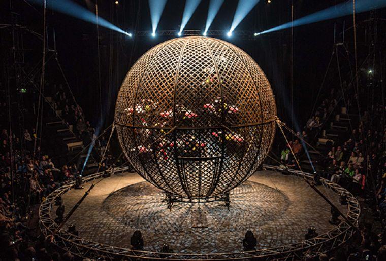 Zirkus Knie Tournee 2020 Flic Flac 3.jpg
