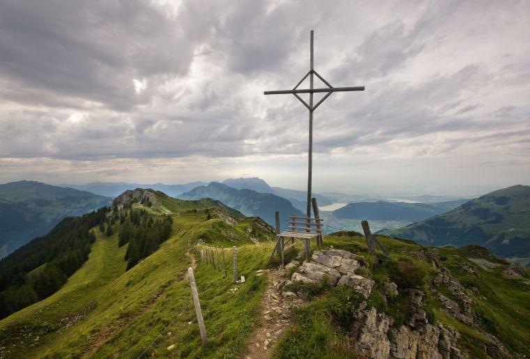 Gipfelkreuz auf dem Haldigrat