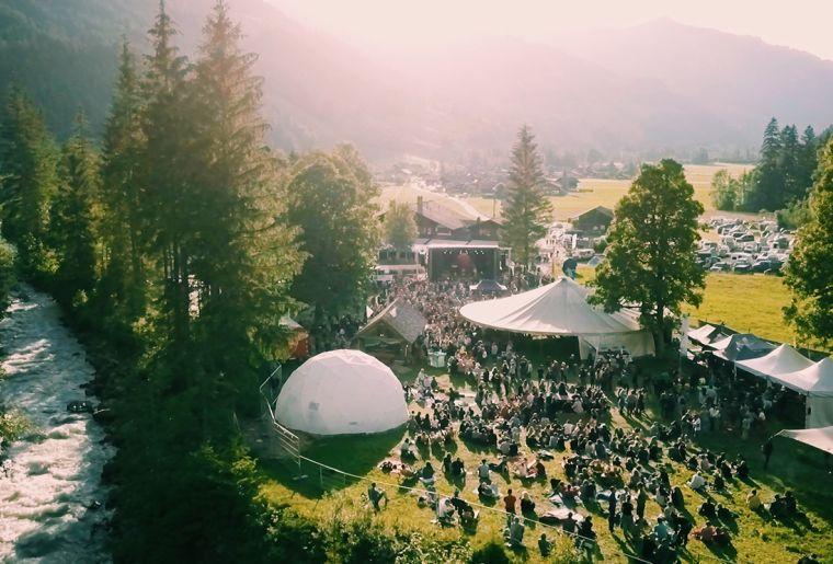 Mittsommerfestival Lenk 2.jpg