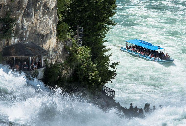 Schifffahrt am Rheinfall