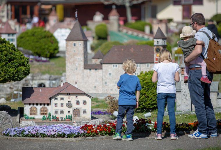 04 Swissminiatur.jpg