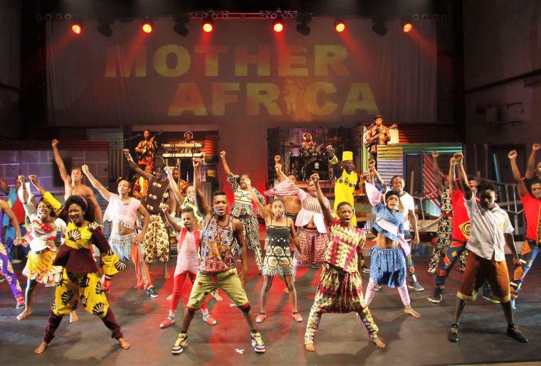 MotherAfrica_Khayelitsha_2018_Pressefoto_Finale_03__Foto_Hans-Jürgen_Herrmann.jpg
