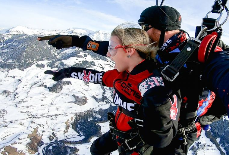 Skydive Switzerland 4.jpg