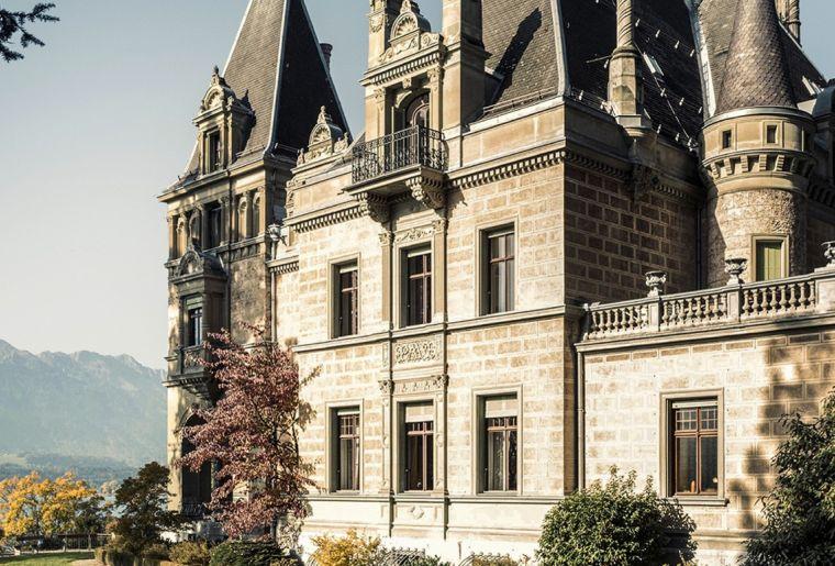 Schloss Hünegg.jpg