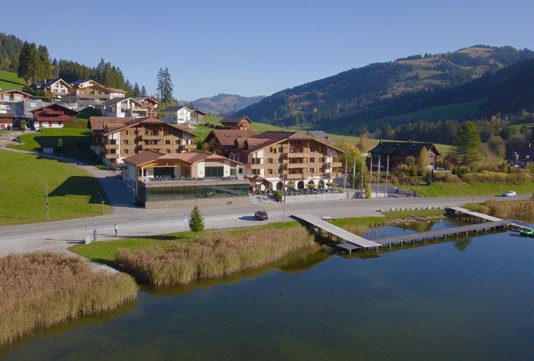 Hostellerie am Schwarzsee c Fribourg Tourisme.jpg