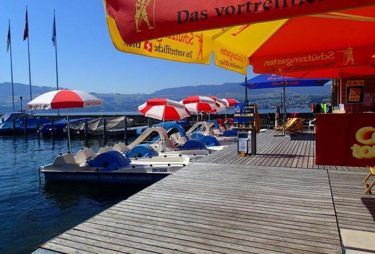 Platz am See Sponsor Schirme Pedalos.jpg