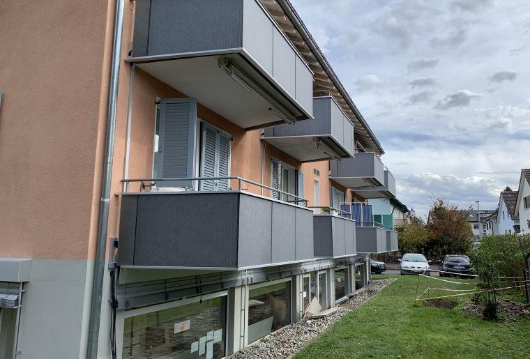 NACHHER Bruggwiesenstrasse - PV-Module Balkone.JPG