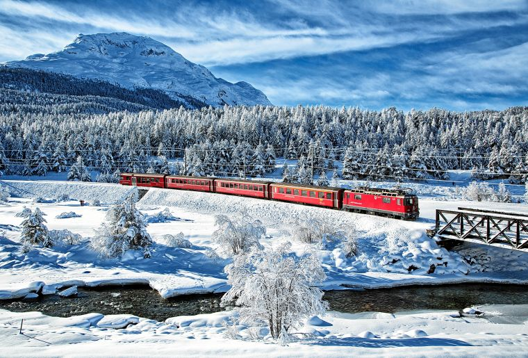 Rhätische Bahn Oberengadin Winter c Rhätische Bahn swiss-image.ch Max Galli.jpg
