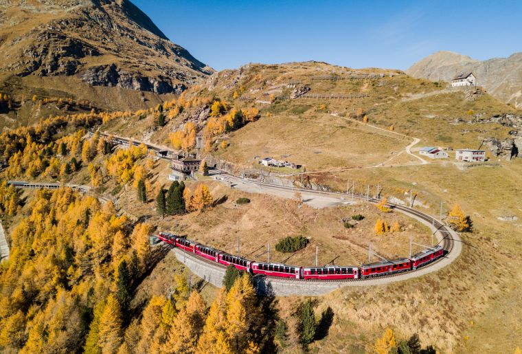 Bernina Express c Rhätische Bahn swiss-image.ch Patrick Cavelti.jpg