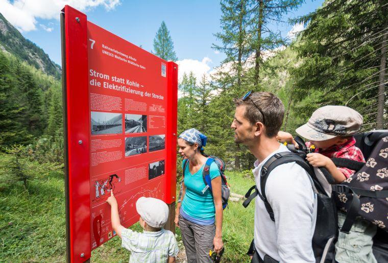 Erlebnisweg Albula c Rhätische Bahn swiss-image.ch Mattias Nutt.jpg
