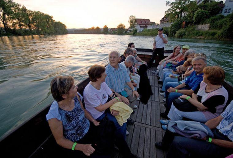 1Bad-Zurzach-Image-Broschuere-Faehre-Rhein-Barz-DSC_5922_800_532.jpg