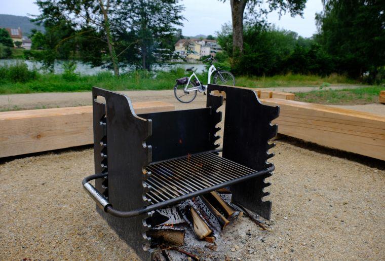 feuerstelle-alte-badi-grillrost.jpg