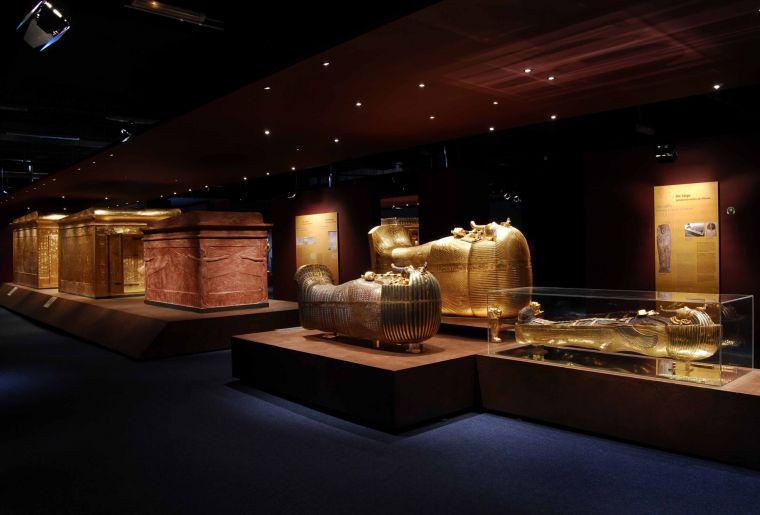 Tutanchamun Sein Grab und seine Schätze 2.jpg