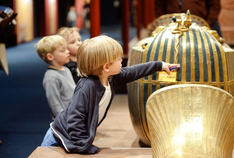 Tutanchamun Sein Grab und seine Schätze 5.jpg