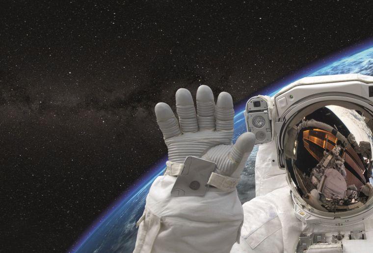 Hallo im Weltall 2.jpg