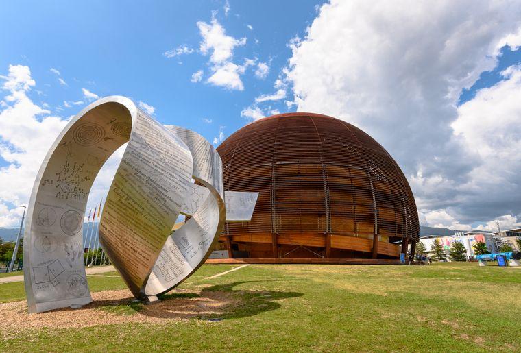 CERN - Globe.jpg