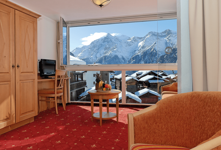 graechen-sommer-matterhorn-valley-hotels-desiree-zimmer-mobile-min.png