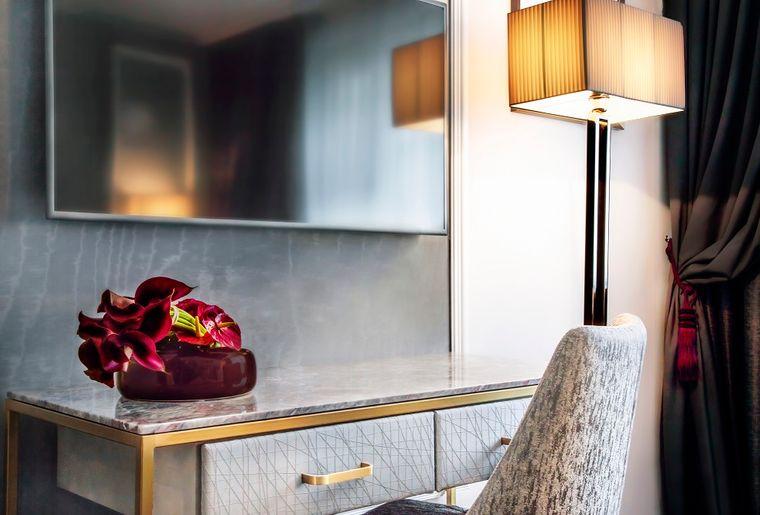 ROYAL - HOTEL - CHAMBRE SUPERIEUR  - BD (2).jpg