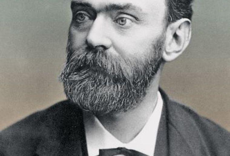 Alfred_Nobel.jpg