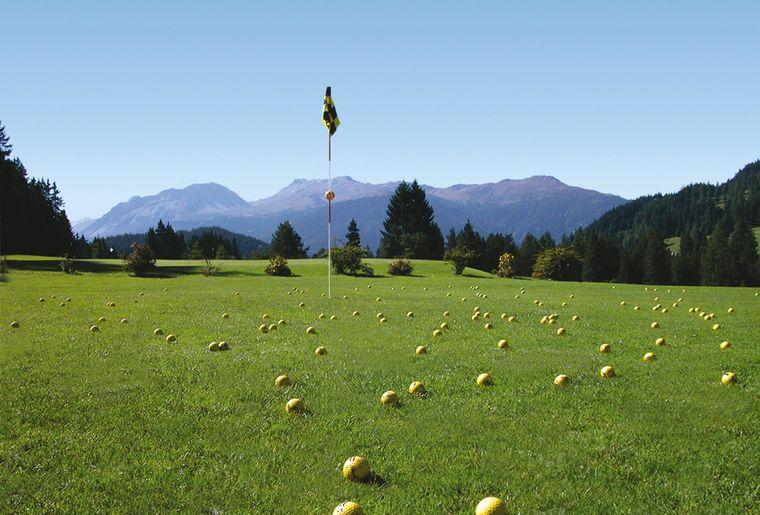 Golfpl_LH retouch Flagge kl.jpg