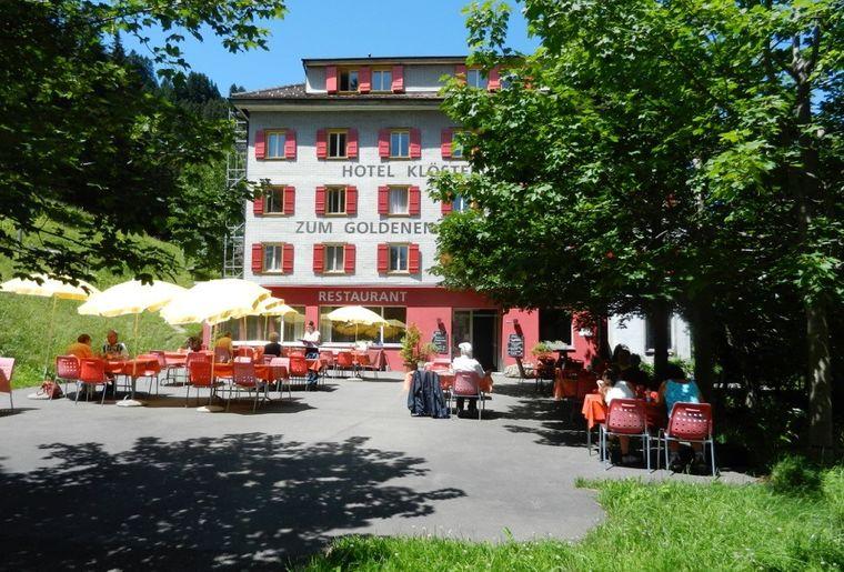 Hotel zum Goldenen Hirschen.jpg