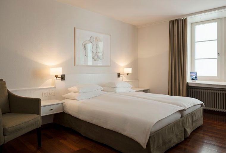 Hotel_Helmhaus__ZI 22_N3H9394_VERTBOOK.jpg