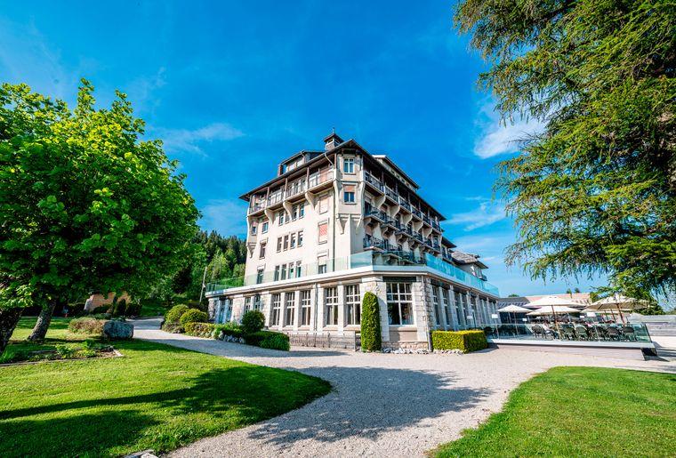 Grand-Hotel-des-Rasses-batiment-jour©nuno-acacio-RVB[1].jpg