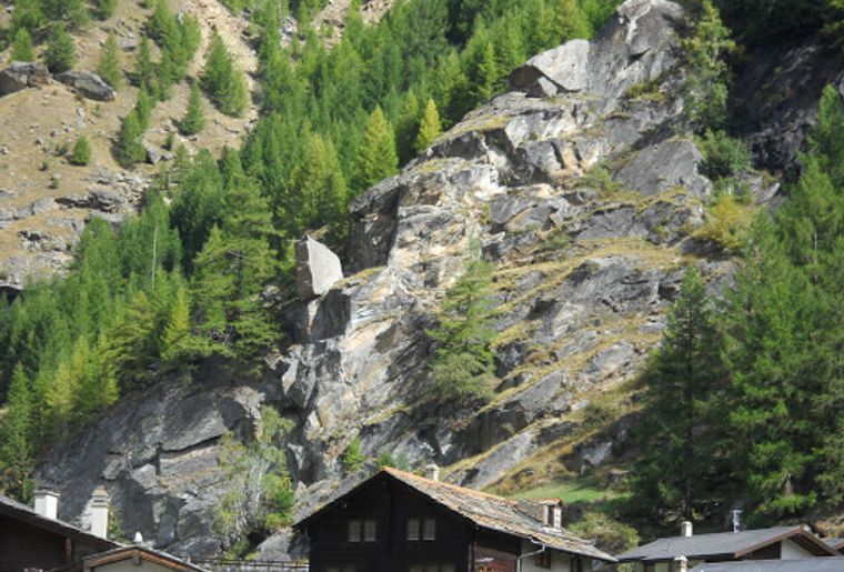 Mini-Klettersteig Saas-Grund 3.jpg
