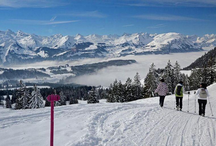 csm_winterwandern-myhtenregion-winterwandern-erlebnisregion_2_2afc7c7333.jpg