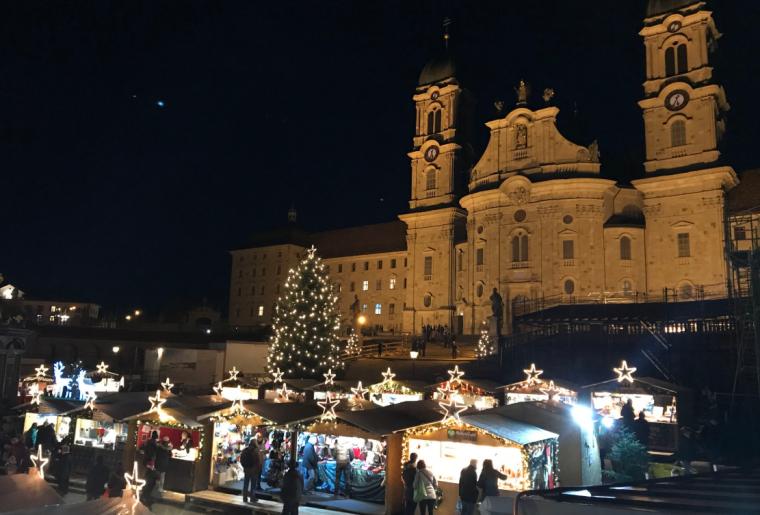 Weihnachtsmarkt Einsiedeln.png